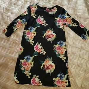 Long Sleeve Dress with floral pattern